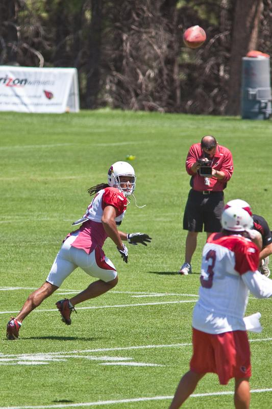 . . . and Fitzgerald is among the best 50/50-ball pass catchers. Photo by Photogeek21.