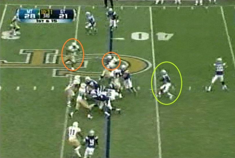Cunningham runs with his eyes on this play. You can see him looking to the backside defenders as he begins his initial cutback.