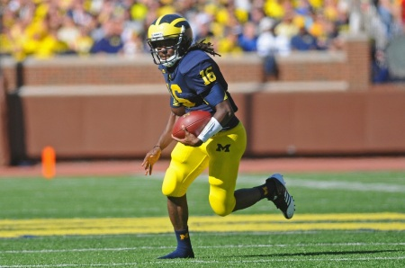 Denard Robinson is known for his speed, but naturally this new convert to wide receiver was doing everything in slow motion on Day 1 of Senior Bowl practices. Photo by Adam Glanzman.
