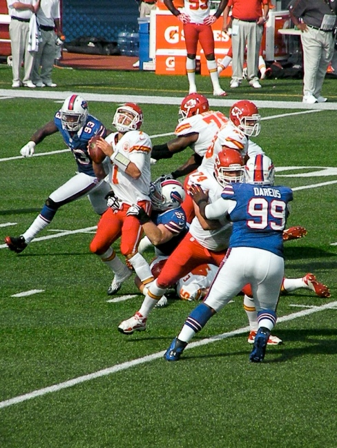 Danny Kelly goes defense with DT Marcell Dareus. Photo by Matt Britt.