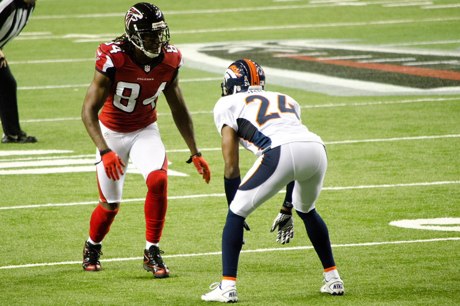 "Roddy White may be ""old"" by Dave Richard's standards but he would have been mine if the CBS writer passed him by. Photo by Football Schedule."