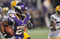 """A faster Todd Gurley"" and ""the next Adrian Peterson"" are two players mentioned when speaking of LSU frosh Leonard Fournette. Photo by Joe Bielawa."